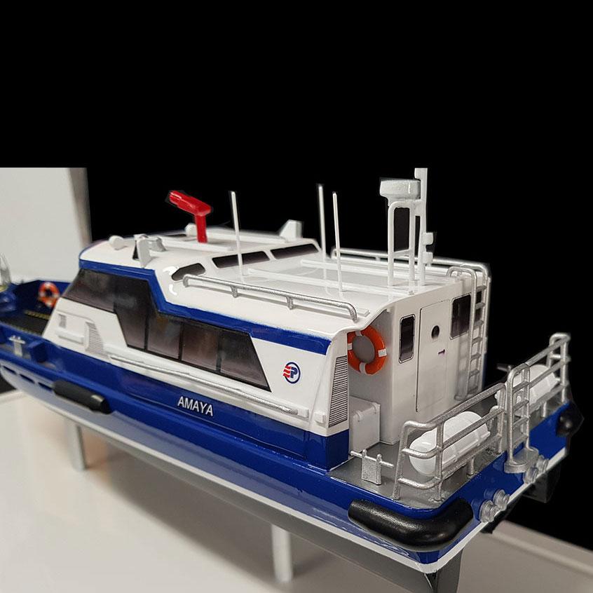 Maquette_Crewboat_Efinor_Allais_arrière_bâbord