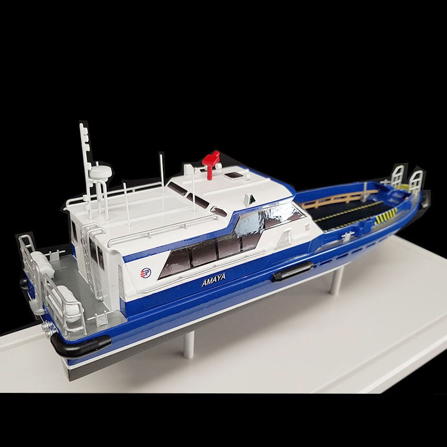 Maquette_Crewboat_Efinor_Allais_arrière_tribord