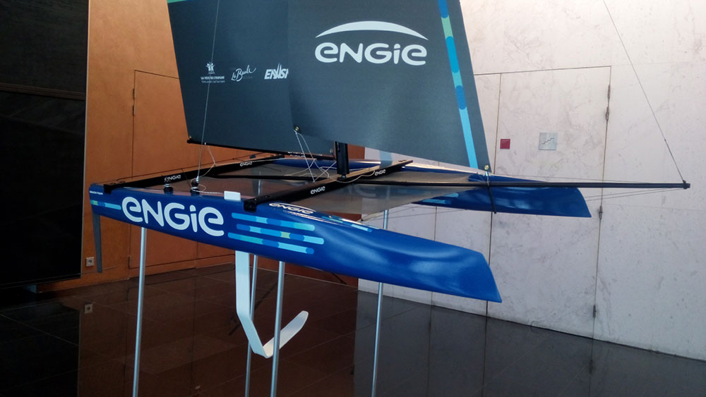 Maquette_multicoques_Ultime_ENGIE_avant_tribord