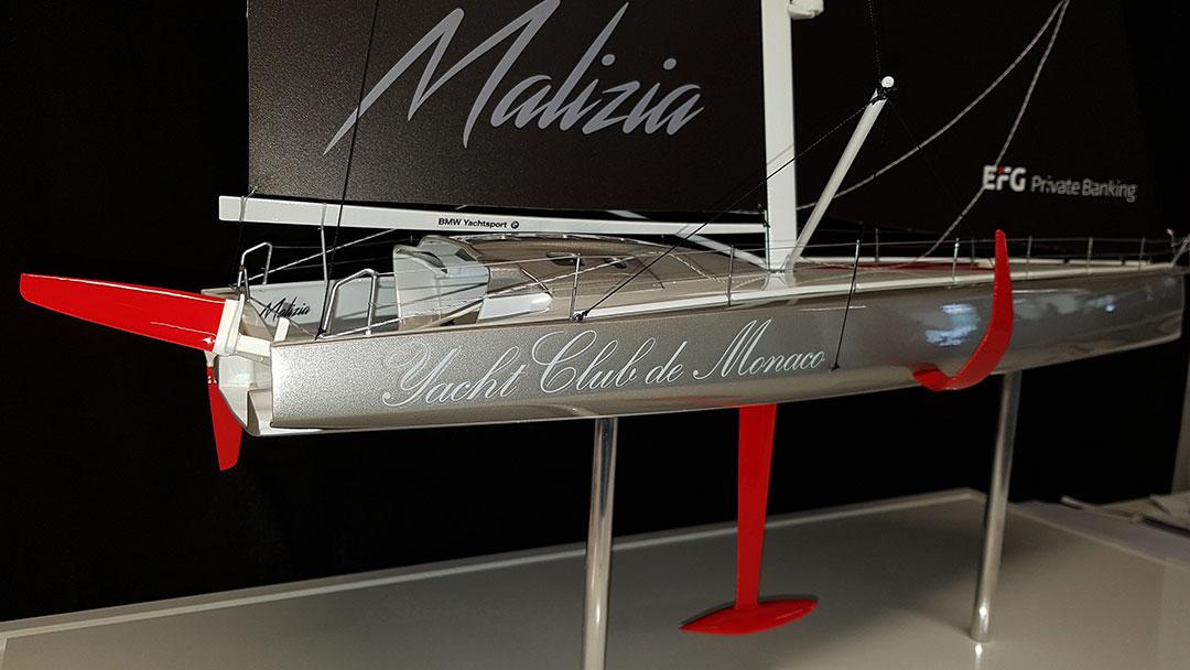 Maquette_IMOCA_YCM_Malizia_arrière_tribord