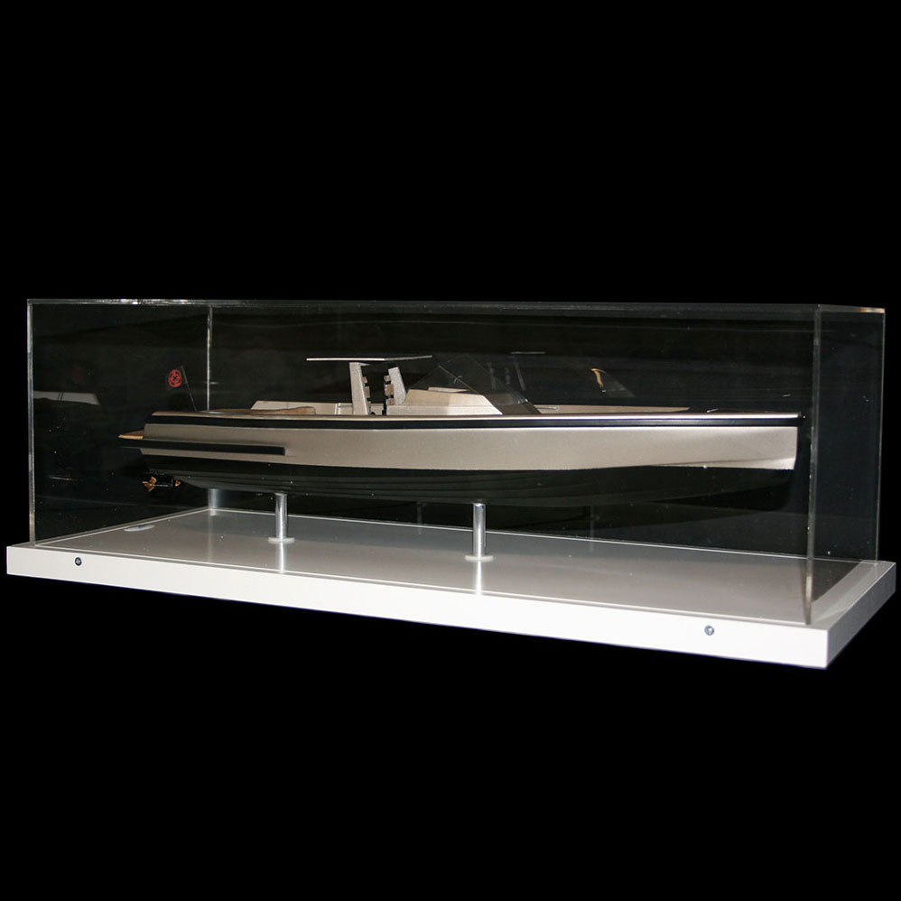 Yacht_Wally_Tender_Vitrine