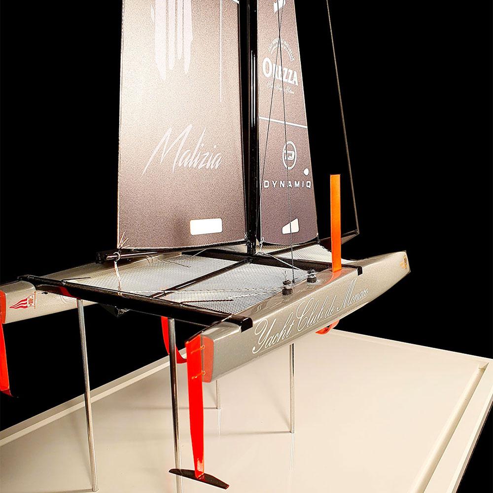 Maquette_multicoques_Oalizia_Yacht_Club_Monaco_arrière