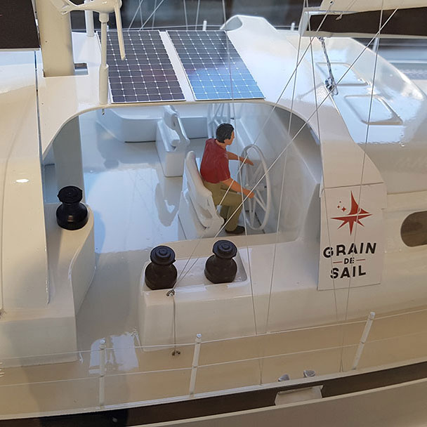 Maquette_bateau_Grain_de_Sail_poste_pilotage
