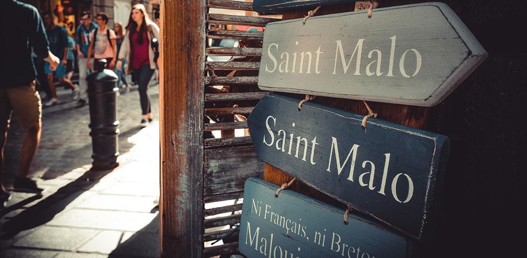Panneaux_Saint_Malo