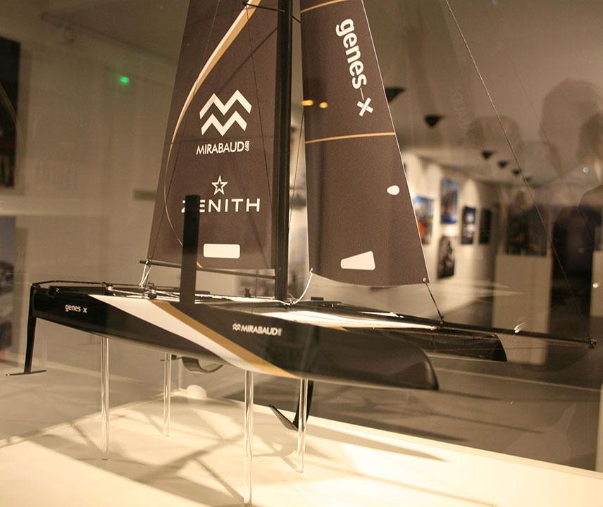 Maquette_Spindrift_noir_avant_tribord