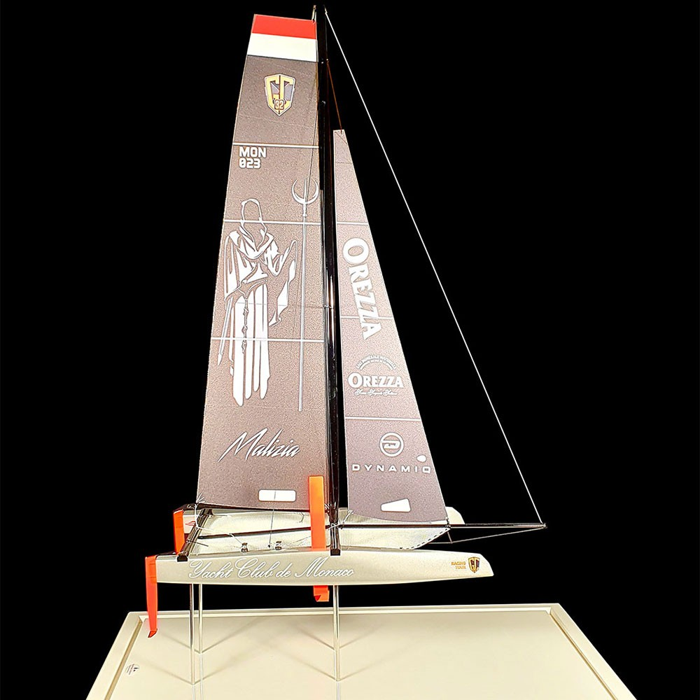 Maquette_multicoques_Oalizia_Yacht_Club_Monaco