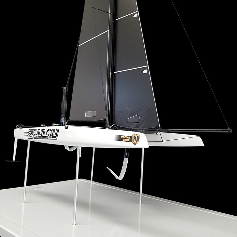 Catamaran-Zoulou-face-avant-droite